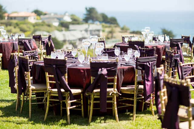outdoor table setting for summer wedding